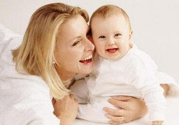 母乳喂养时,哪些喂养方式是不可取的