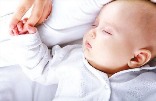 改善宝宝的睡眠习惯